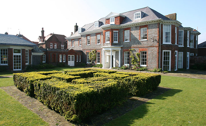 Gildredge Manor