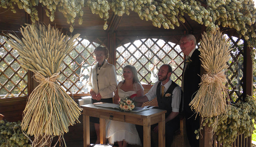 Civil Ceremony at the Black Horse, Kent wedding venue