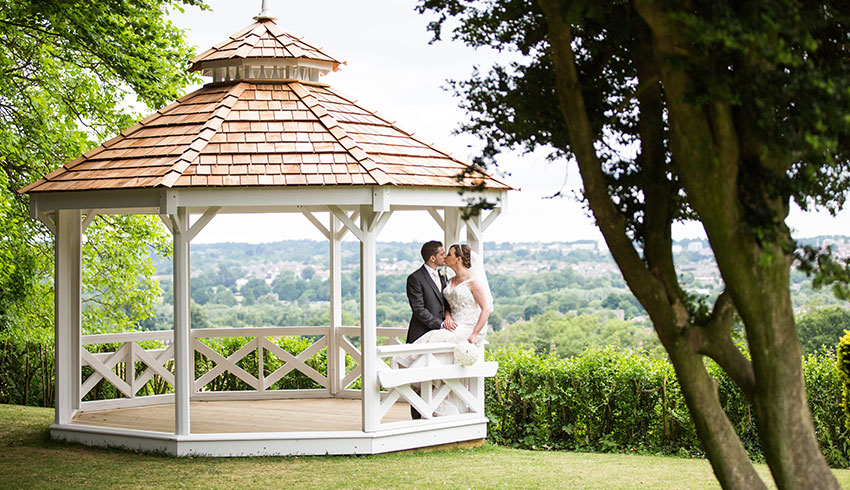 The Hogs Back Hotel, Surrey, makes a picturesque location for wedding photos
